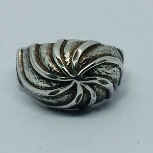 Vintage Sterling Textured Pinwheel Swirl Dome Ring